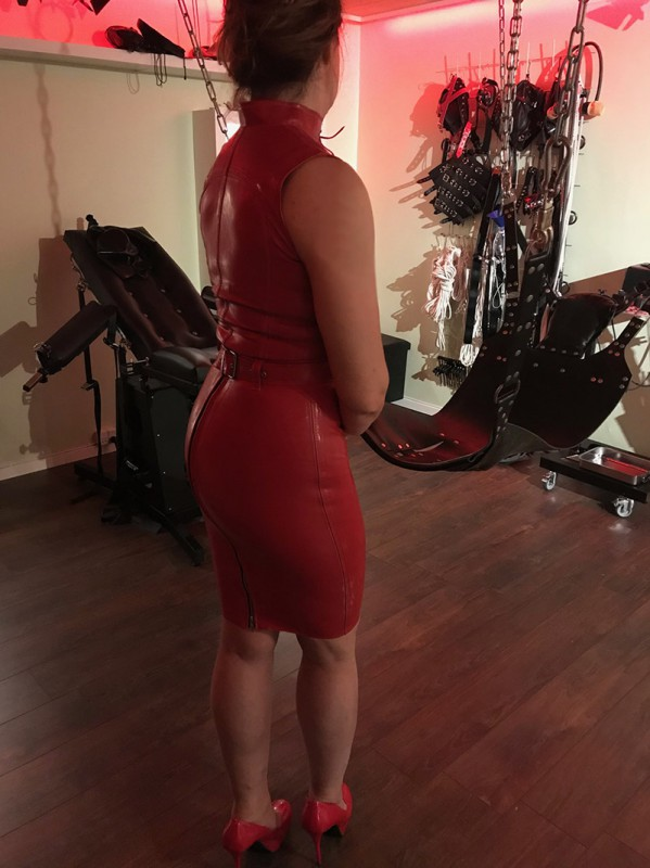 I rød latex_1