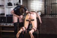 slavetraining_11